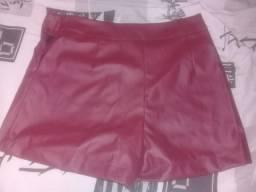 Shorts de Couro - Veste 38 ao 40 75e8c899a09