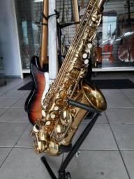 Sax alto dolphing