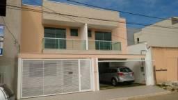 Casa em Ipatinga, 3 qts/suite, 110 m², 2 vags 5x5 mts, piso porc retif. Valor 240 mil