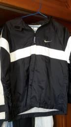 Corta-vento e jaquetas