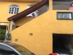 Aluga-se casa Serra Centro
