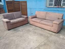 Sofá 2 e 3 lugares semi-novo , Grande, confortável, macio,limpo e higienizado