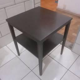 Mesa de madeira maciça vintage