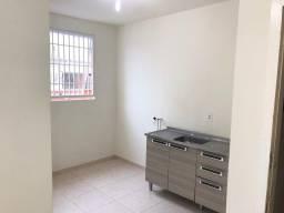 Aluga-se Apartamento Saguaçu