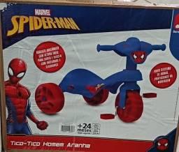 Brinquedo Triciclo Homem Aranha.  ( NOVO )
