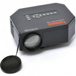 Mini Projetor Multimídia 200 Lumens Tomate MPR-9009