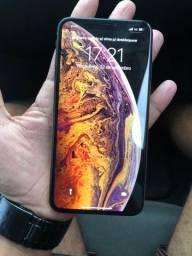 Vendo iPhone XS Max muito novo