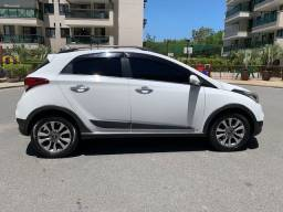 Hyundai HB20X 1.6 Premium autom 2017 42k KM - Oportunidade