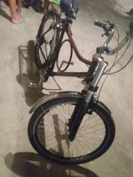 Vendo uma bicicleta monarquia