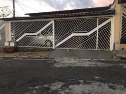 Título do anúncio: Casa com 3 dormitórios à venda, 120 m² por R$ 250.000 - Conjunto Cachoeira Dourada - Goiân