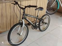 Bicicleta infantil até 10 anos