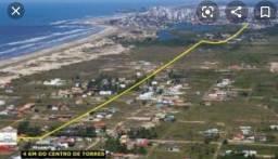 Casa na Av. beira mar a 4,5km do centro de torres