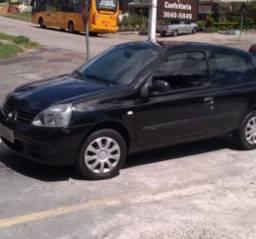 Clio 2p 2011 com 101.000 km originais