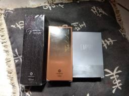 Perfumes femininos e masculino