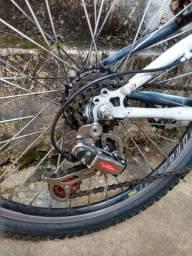 Vende-se bicicleta usada