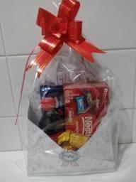 Cesta com chocolates!R$ 35,00