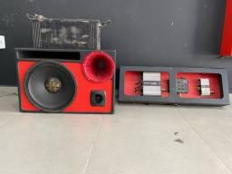 Caixa de som automotivo - caixa de som trio (bate muito)