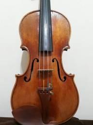 Violino modelo stradivarius