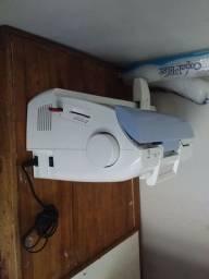 Máquina de bordar
