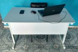 Mesa escritório/estudo