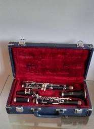 Clarinete Selmer Bundy Madeira Ébano Si Bemol 17 Ch6