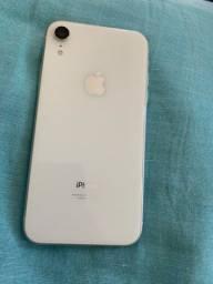 Vendo IPhone XR 64GB semi novo