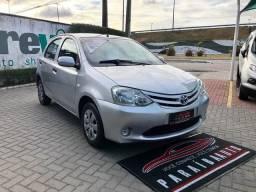 Etios 2013 1.3 Completo (Paraíba Auto) - 2013