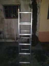 Vendo escada dobravel