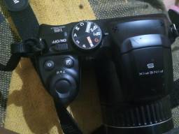 Máquina fotográfica FinePix S4800