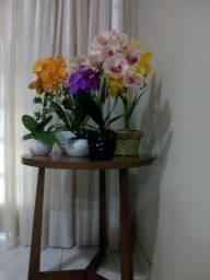 Arranjos de orquídeas artificiais