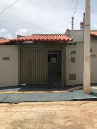 Casa com 2 Quartos à Venda, 64 m² por R$ 155.000,00