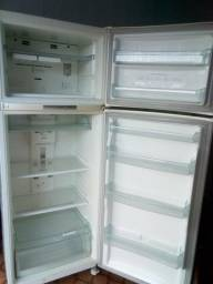 Vendo Geladeira Frost Free 417 lt