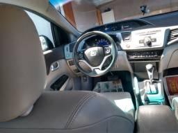 Honda Civic baixa km