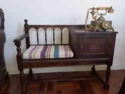 Mesa antiga para telefone preço negociável