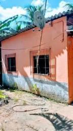 Casa 2 Qts e Quintal amplo - Pego uma Entrada