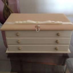 Caixa de joias e bijuterias 33x20
