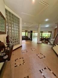 Casa Triplex em condomínio a venda com 400 m2, 3 suítes em Patamares - Salvador - BA