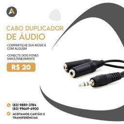 Cabo Duplicador de áudio (Use dois fones ao mesmo tempo)