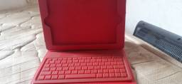 Capa com teclado para tablets