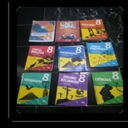 Vendo livros do colégio adventista do 8 ano
