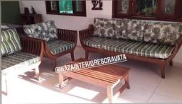 Conjunto de sofás em madeira rústica com estofados, Móveis rústicos, Gravatá