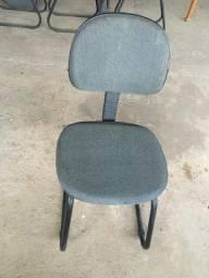 Cadeira de Escritório Base Fixa