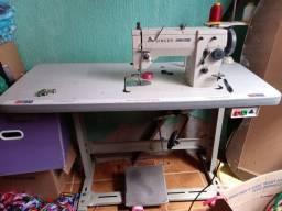 Mqquina de costura Singer 20u73