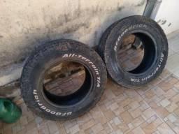 4 pneus 235/70/16100 reais cada, 1pneu 265/70/16 100 reais