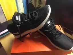 Tenis Nike Air Max 38