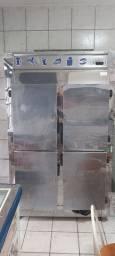 Vendo ilha refrigerada, geladeira de 4 portas e caixa