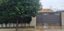 Vendo Casa Térrea Jardim Leblon - 03 qtos com piscina 360m2