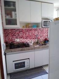 Título do anúncio: Apartamento à venda com 2 dormitórios cod:867000