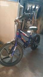 Título do anúncio: Vendo bicicleta por 120