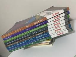 Livros primeiro ano - Edebê. Colégio Auxiliadora